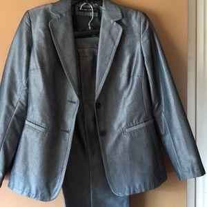 Ladies gray pants jacket NewYork & Company Stretch